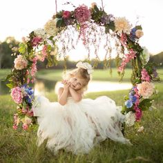 Hanging Hoop Swing Photography for Kids-Plans: - Kinder Swing Photography, Girl Photography, Children Photography, Urban Photography, Toddler Photos, Spring Photos, Spring Picture, Beautiful Children, Girl Pictures