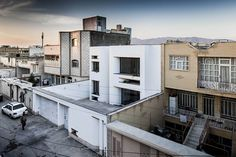 ayeneh office bahar house iran designboom