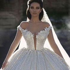 The epitome of a princess bride!!! :princess: . Glorious Gown Designed By @frida_xhoi // Model @endidemneri // Photography: @juxhinkurti . . . #sophisticatedbride #bellethemagazine #luxurybride #luxurywedding #bride #bridel #bridalstyle #weddingfashion #b
