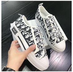 Dior Sneakers, Cute Sneakers, Sneakers Fashion, Fashion Shoes, Sneakers Nike, Baskets Louis Vuitton, Designer Shoes Heels, Christian Dior Shoes, Cristian Dior