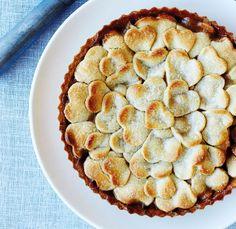 Lun æbletærte varmer de flestes hjerter. Og når den serveres med et låg af hjerter og en scoop vanljeis, er der ikke et øje tørt.