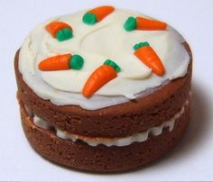 1:12 Carrot Cake handcrafted by small portions