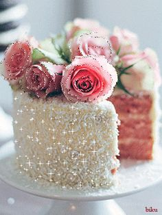 Here you will get beautiful happy birthday cake with wishes HD images which can be sent to your beloved one on his or her birthday to make a beautiful wish. Birthday Cake Gif, Happy Birthday Cake Images, Happy Birthday Quotes, Happy Birthday Greetings, Birthday Wishes Messages, Birthday Blessings, Cake Roses, Cake Videos, Happy B Day