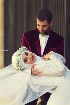 Cute and Romantic Muslim Wedding Cute Muslim Couples, Romantic Couples, Wedding Couples, Hijabi Wedding, Hijab Wedding Dresses, Bridesmaid Dresses, Wedding Beauty, Dream Wedding, Vieux Couples