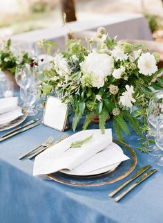 La Tavola Fine Linen Rental: Tuscany Wedgwood with Tuscany White Napkins   Photography: Joel Serrato, Event Planning: Laurie Arons Special Events, Floral Design: Valley Flora