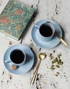 ☕ really repinning for that William Morris journal