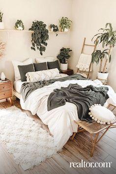 Bedroom Green, Room Ideas Bedroom, Small Room Bedroom, Home Bedroom, Bedroom Decor Boho, Bedroom Designs, Boho Bed Room, White Bedroom Walls, Small Bed Room Ideas