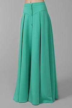 Шитье, курсы кройки и шитья Fashion Pants, Hijab Fashion, Fashion Dresses, Salwar Designs, Blouse Designs, Indian Designer Outfits, Designer Dresses, Skirt Outfits, Dress Skirt