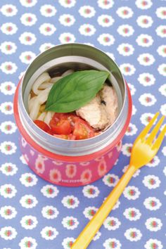 夏も大活躍☆ひんやり美味しいスープジャーのお弁当&デザートレシピ ... とっても美味しいのに、材料を全部スープジャーに詰めるだけ!トマトと