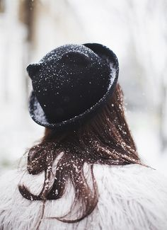 How awesome is this hat? A fun way to capture the kitty hat and to show off the snow.