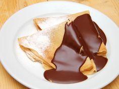 Gundel palacsinta Hungarian Desserts, Crepes, No Bake Cake, Pancakes, Favorite Recipes, Sweets, Meals, Baking, Ethnic Recipes