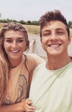 adopted by jatie vlogs -kati markes - Wattpad - Wattpad Popular Youtubers, Cute Youtubers, Famous Youtubers, Famous Couples, Famous Girls, Girl Celebrities, Celebs, Cute Relationship Photos, Cute Summer Outfits