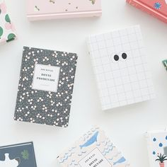 Livework Cute illustration hardcover small lined notebook type B - fallindesign