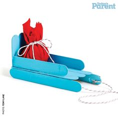 Bundle up your snow angels, grab their sleds and run for the hills. Cute craft from Today's Parent Christmas Sled, Christmas Makes, Christmas Crafts For Kids, Cute Crafts, Holiday Crafts, Christmas Ornaments, Antique Christmas, Primitive Christmas, Outdoor Christmas