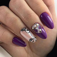 Check it out. Dope Nails, Bling Nails, Violet Nails, Swarovski Nails, Beautiful Nail Designs, Nail Manicure, Manicures, Cupcake Cookies, Pretty Nails