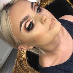 See this Instagram photo by @plouise_makeup_academy • 1,581 likes
