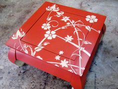 Great step by step instructions on how to use stencils with furniture.