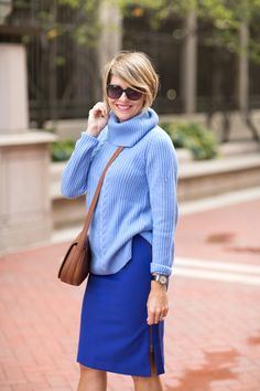 We adore @elizabeth2608 look in our cashmere sweater and side zip skirt.