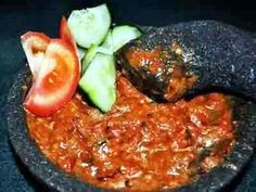 If you are looking for nice Bumbu Ayam Merah cooking recipes you've come to the right place. Sambal Sauce, Sambal Recipe, Chili Recipes, Asian Recipes, Ethnic Recipes, Chili Recipe No Tomatoes, Food N, Food And Drink, Kari Ayam