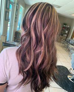 Chunky Blonde Highlights, Highlights Curly Hair, Hair Color Streaks, Hair Dye Colors, Caramel Highlights, Colored Highlights, Hair Inspo, Hair Inspiration, Skunk Hair