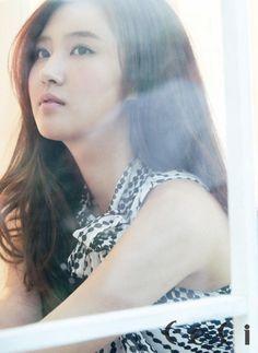 #SNSD #Yuri #photoshoot