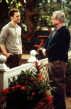 This Boy Meets World Debate Has the Internet Divided — Including Topanga & Eric Boy Meets World Cast, Boy Meets World Shawn, Boy Meets World Quotes, Girl Meets World, Cory Matthews, Rider Strong, Cory And Topanga, Old Disney, Coming Of Age