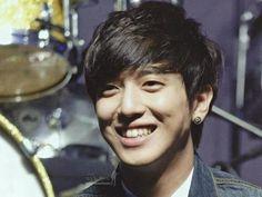 Jung Yong Hwa  Dimples...aigoo!