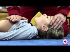 Croce Rossa Italiana - Manovre Salvavita Pediatriche (manovre di disostr...