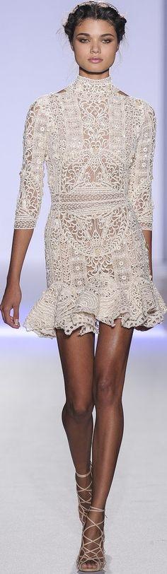 Zuhair Murad Haute Couture SpringSummer 2013 ♥✤ | Keep the Glamour | BeStayBeautiful White Fashion, Love Fashion, Fashion Outfits, Fashion Design, Fast Fashion, Fashion Details, Couture Fashion, Runway Fashion, Womens Fashion