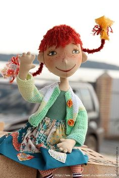 This doll reminds of Pippi Longstocking.