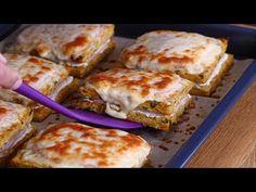 Cartofi cu sunca la cuptor · Delicatese.net Cookie Recipes, French Toast, Bacon, Sandwiches, Food And Drink, Mozzarella, Make It Yourself, Cooking, Breakfast