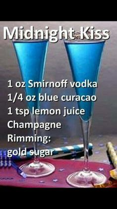 Recipe for White Wine Sangria for a Crowd Holiday Drinks, Party Drinks, Cocktail Drinks, Blue Drinks, Mixed Drinks, Liquor Drinks, Beverages, Bourbon Drinks, Alcholic Drinks