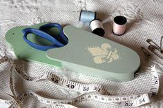Painted Wooden Scissor Holder - Fleur de lis