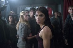 Marie Avgeropoulos Promises an Envelope-Pushing Season Two of 'The 100′
