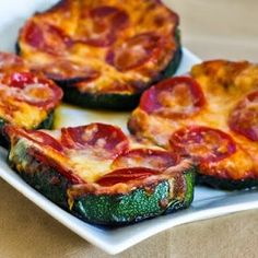 Low Carb Pizza Snack Zucchinis. Why would you do this to yourself?!