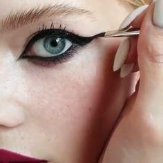 - dora worlds - Make-up Prom Eye Makeup, Halloween Eye Makeup, Skin Makeup, Eyeshadow Makeup, Makeup Inspo, Makeup Art, Beauty Makeup, Makeup Tools, Colorful Makeup