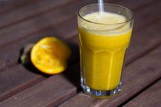 Ich melde mich aus meiner unfreiwilligen Blog-Pause zurück mit einem Oberknaller-Anti-Erkältungs Smoothie mit Sanddornsaft, Orangen und Ingwer.