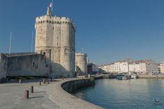 Tour Saint Nicolas #larochelle #patrimoine #toursaintnicolas #charentemaritime Saint Nicolas, France, Week End, Tower Bridge, Tour, Nature, Travel, Cities, Places
