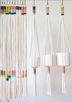 Our Slim Color-Block plant hanger is perfect to add a modern touch to any room in your home, office or creative space.This plant hanger seamless design can accommodate plant holders measuring anywhere from a to in diameter.This Slim Color-Block Plant Hang Macrame Projects, Craft Projects, Weaving Projects, Project Ideas, Diy And Crafts, Arts And Crafts, Creative Crafts, Ideias Diy, Plant Holders