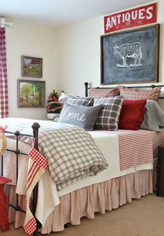 Love all the red patterns in this bedroom