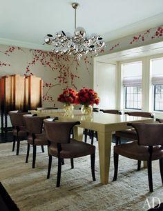 A Modern, Glamorous Mansion Londres