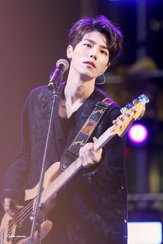 Jaehyeong, The Rose's bassist K Pop, Star Company, Miss Girl, J Star, Woo Sung, Jackson, Korean Bands, Rose Wallpaper, Asian Boys