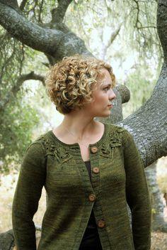 Ravelry: Gnarled Oak Cardigan pattern by Alana Dakos
