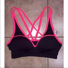 NWT VS PINK sports bra Victoria's Secret PINK size S sports bra. Never worn. Perfect condition! Will ship as soon as possible. $16 ➡️Ⓜ️ NO TRADES - NWT PINK Victoria's Secret Intimates & Sleepwear Bras