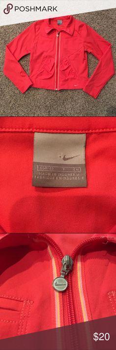 Nike women's Small running jacket! Great condition! Ships fast! Smoke free home! Nike Jackets & Coats