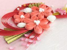 小紙クラフト - Kogami Craft Quilling Craft, Quilling Flowers, Quilling Patterns, Quilling Designs, Paper Quilling, Quilling Ideas, Pearl Flower, Flower Petals, Diy And Crafts