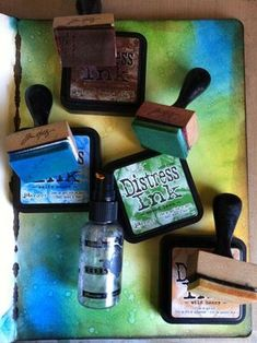 Distress and Water Techniques #Techniques #ArtJournaling #DistressInk