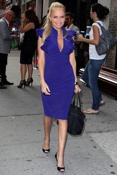 "Kristin Chenoweth 4'11""  Juia says"" Wow,colour block works well on petite girls -  make a bold statement """
