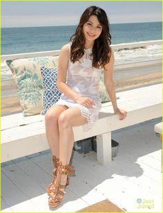 Miranda Cosgrove: Neutrogena Beach Beauty!   miranda cosgrove neutrogena beach 14 - Photo