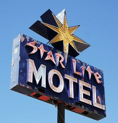 Vintage Sign Informations About Star Lite Motel Sign, Sturgis, South … Vintage Signs For Sale, Vintage Neon Signs, Retro Vintage, Neon Signs Uk, Custom Neon Signs, Advertising Signs, Vintage Advertisements, Roadside Attractions, Old Signs